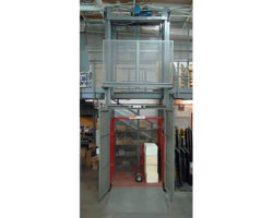 Wildeck Mechanical VRC Material Lift